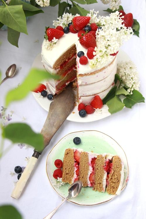 Nayed_cake_Fraise_devorezmoi_08