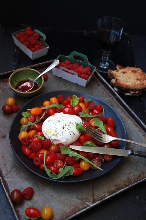 Salade_buratta_tomates_Framboises_Devorezmoi_03