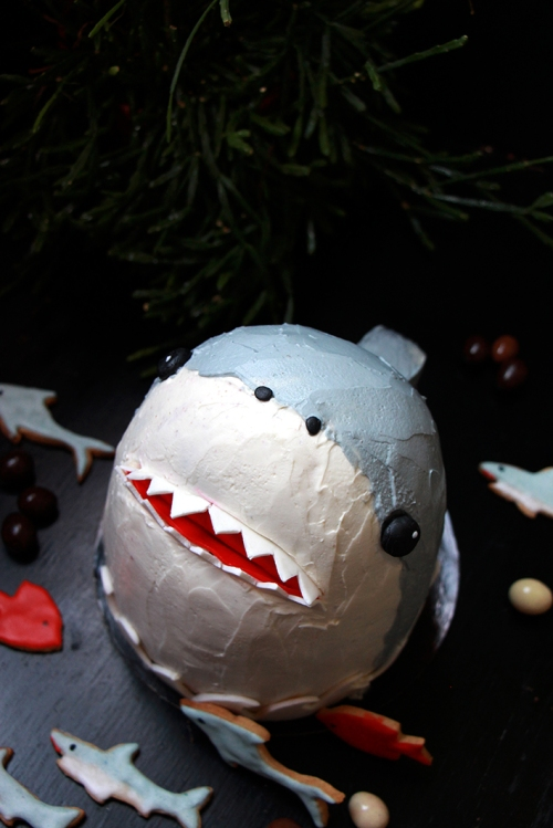 Gateau_requin_devorezmoi_03