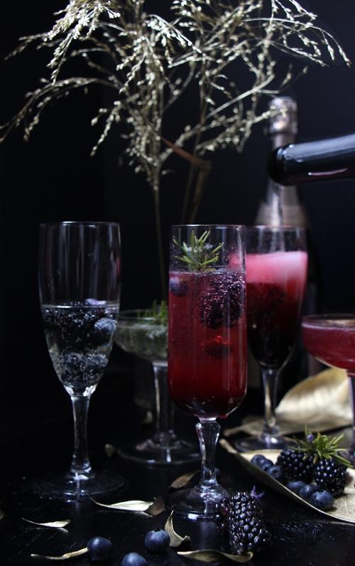 Coctail_champagne_mure_myrtilles_romarin_devorezmoi_04