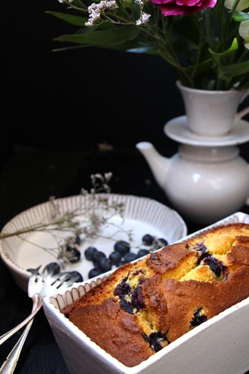 Cake_mais_myrtilles_devorezmoi_01
