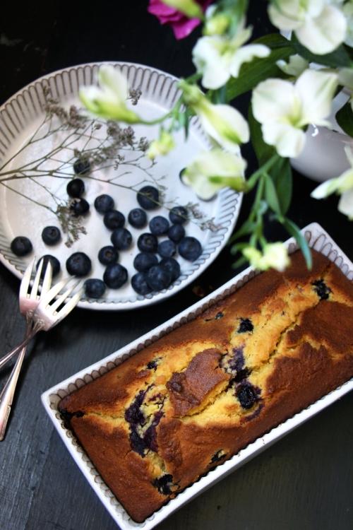 Cake_mais_myrtilles_devorezmoi_04