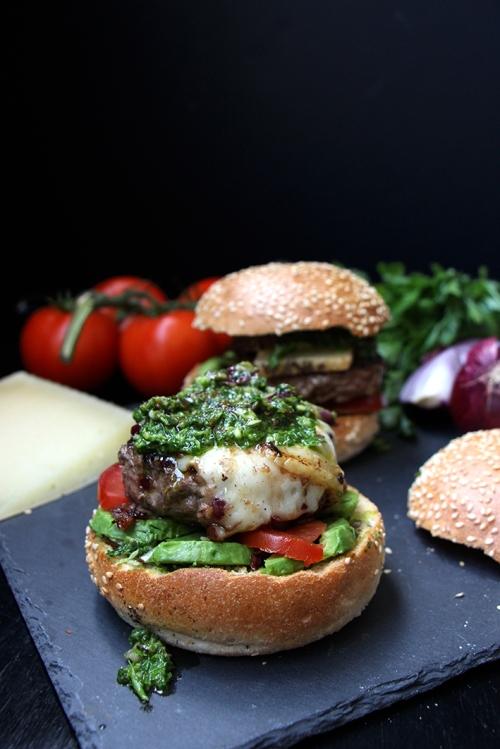 Burger_chimichurri_devorezmoi_02