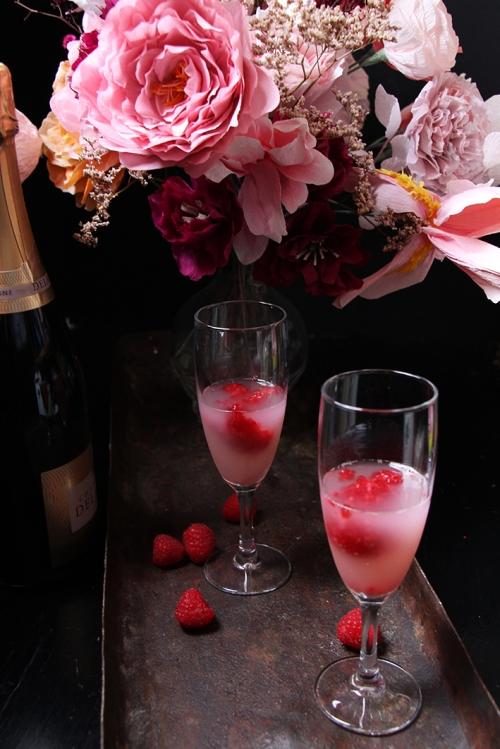 Cocktail_champagne_framboise_litchis_devorezmoi_02