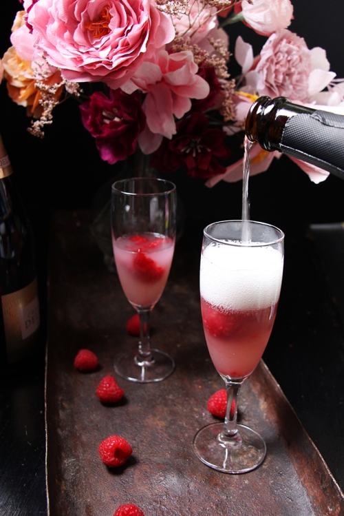 Cocktail_champagne_framboise_litchis_devorezmoi_03